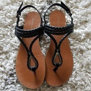 Attention black sandals
